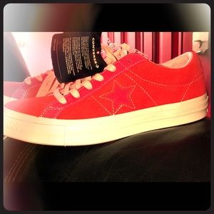 ⭐️CONVERSE RED & PINK 6y/8.5 women's